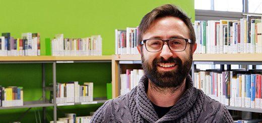 Cosa fa un bibliotecario - Il nostro bibliotecario: Alessandro (immagine tagliata 3)