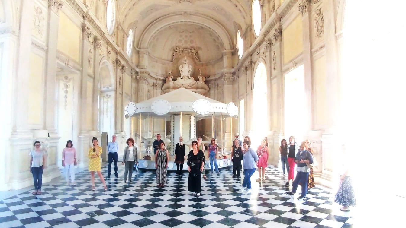 Nati con la cultura - foto di gruppo presso la Reggia di Venaria Reale (galleria di Diana)